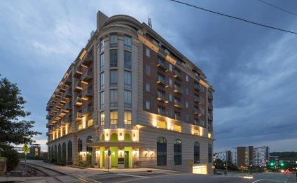 Luxury 3 Br Apartment In