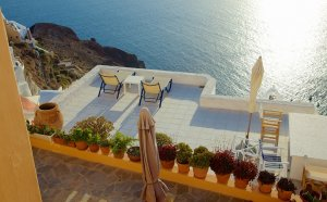 Vacation Packages to Santorini Greece